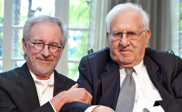 Director Steven Spielberg and his father, General Electric electronics engineer Arnold Spielberg