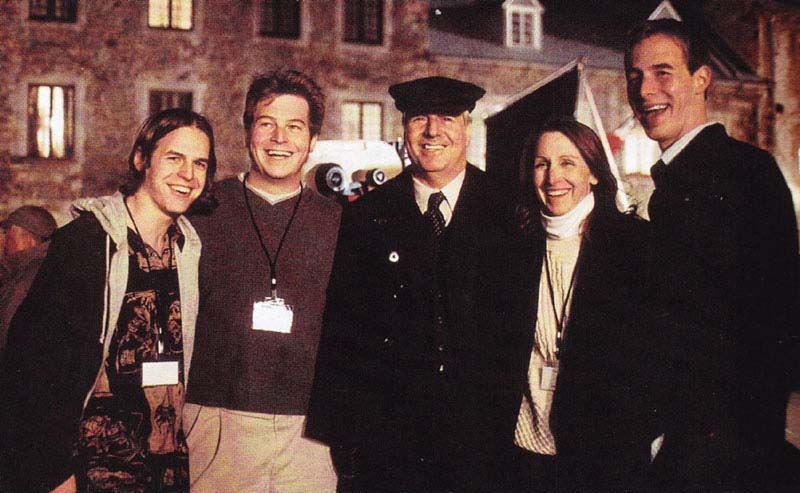 Frank Abagnale with family on the movie set